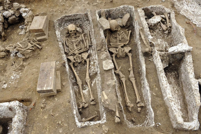 merovingian-burial-ground-in-picardie-monchy-lagache-somme-web