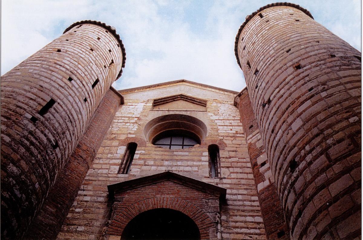 LIBRI / San Lorenzo a Verona, una chiesa da riscoprire