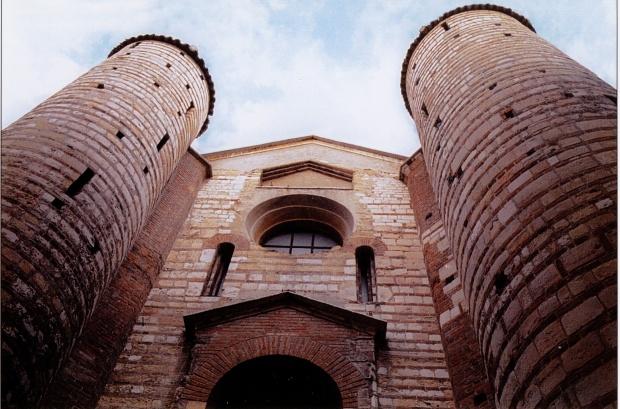 Verona_-_San_Lorenzo_-_Facciata