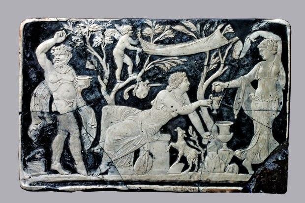 Bacco e Arianna Pompei - Casa di Marco Fabio Rufo vetro cameo - cm25,5x395 Pompei - Parco Archeologico