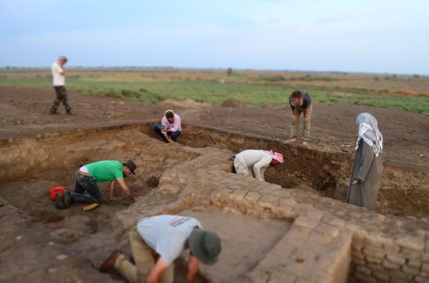 Archeologi al lavoro a Marad in Iraq